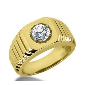 0.55 Carat Grand Blanc Diamant Bague 14K Or jaune